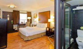 centro-motel-room-queen-7