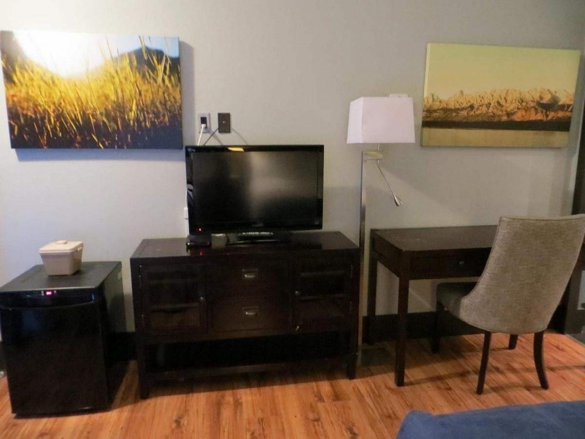 centro-motel-rooms-6