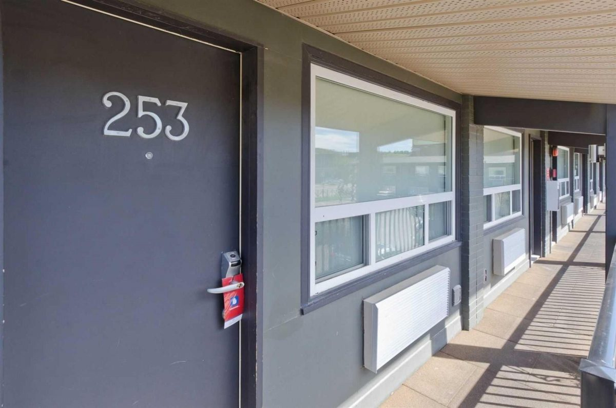 centro-motel-property-8